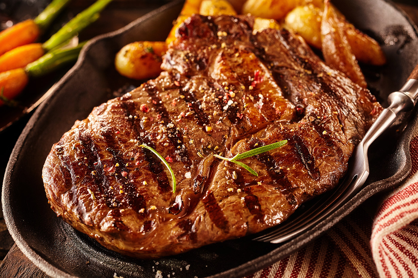 Thick-Ribeye-Steak-Horizaontal